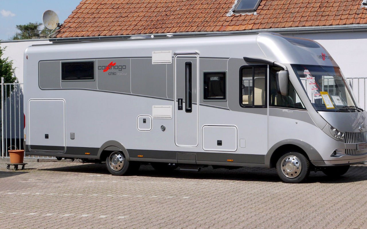 Integrierter CARTHAGO chic s-plus I 52. NPE: 166.000,-- ¤ bei Caravan-Herrmann in Mülheim an der Ruhr