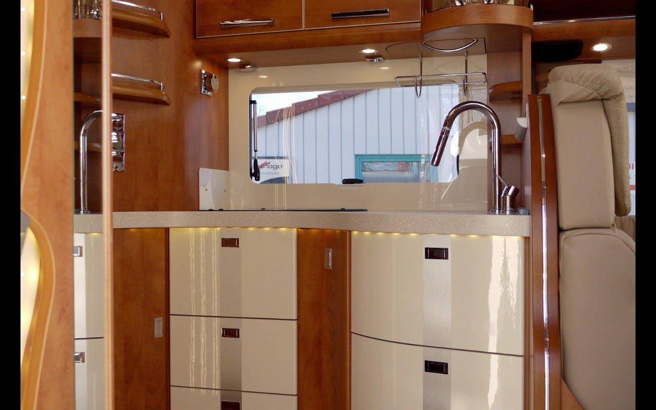 Integrierter CARTHAGO chic c-line 5.5 XL. Modell 2018 bei Caravan-Herrmann in Mülheim an der Ruhr