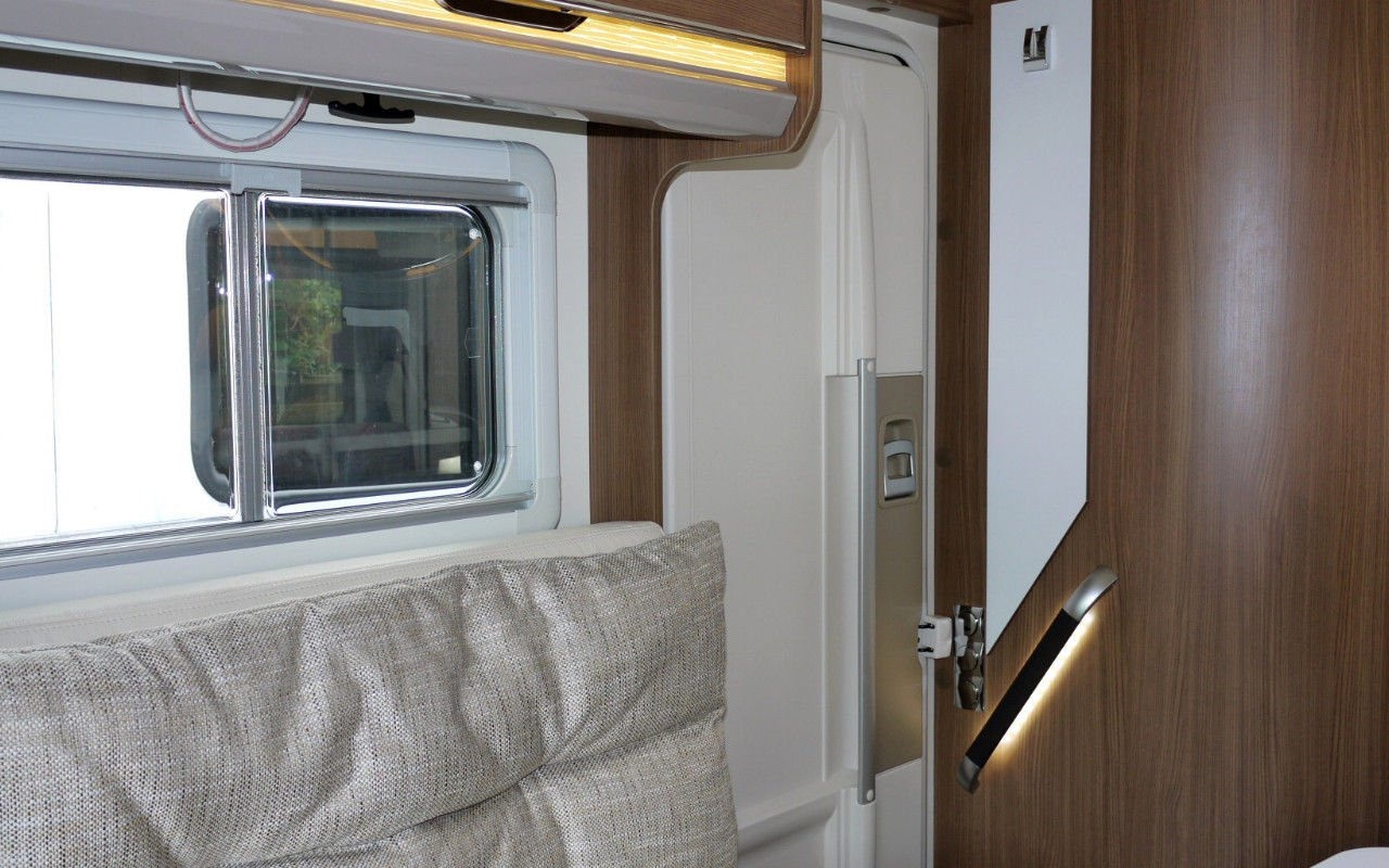 Teilintegrierter BUERSTNER Ixeo IT 728 G. Mit Vollausstattung! bei Caravan-Herrmann in Mülheim an der Ruhr