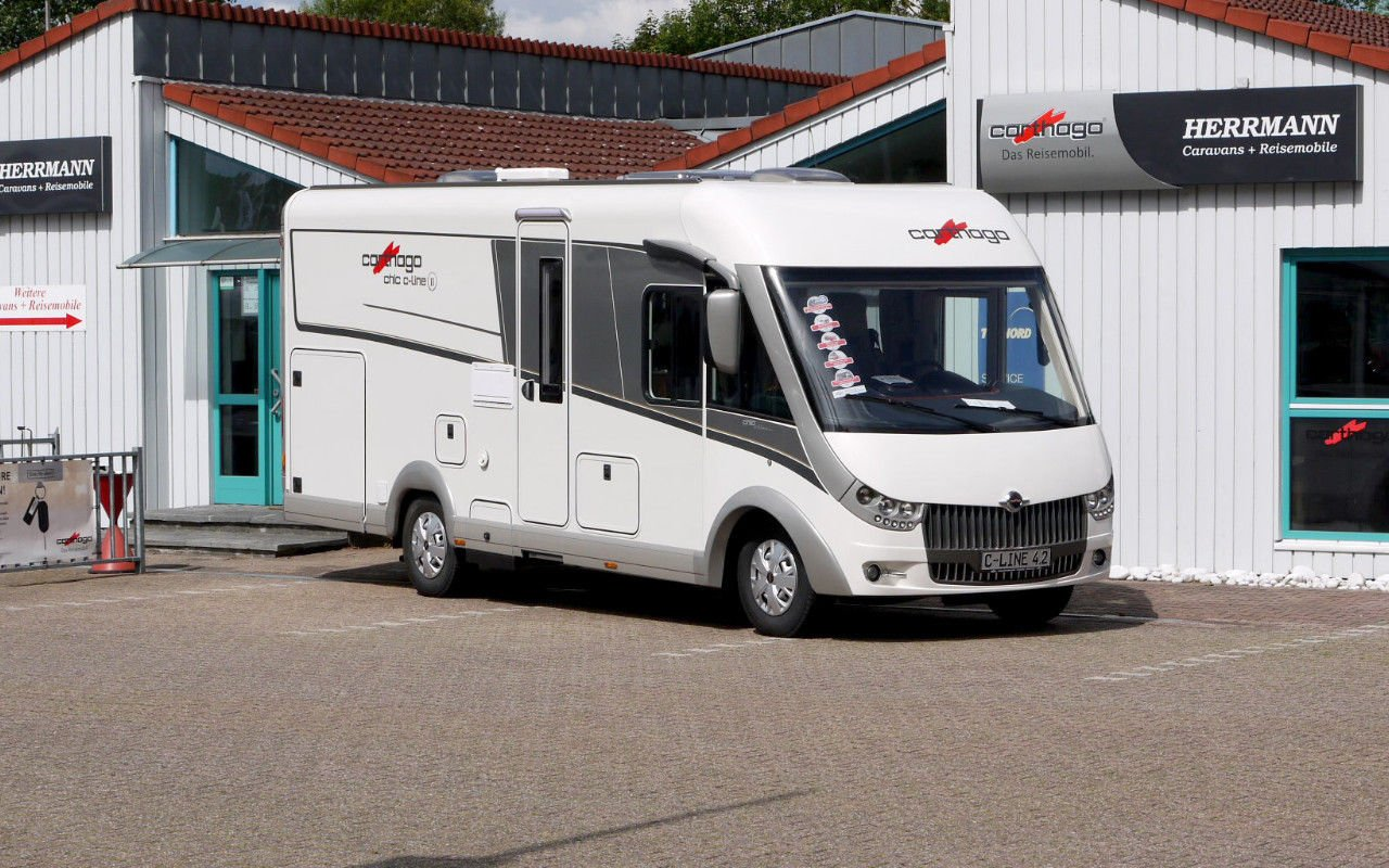 Integrierter CARTHAGO chic c-line  I 4.2 Automatik.Modell 2018 bei Caravan-Herrmann in Mülheim an der Ruhr